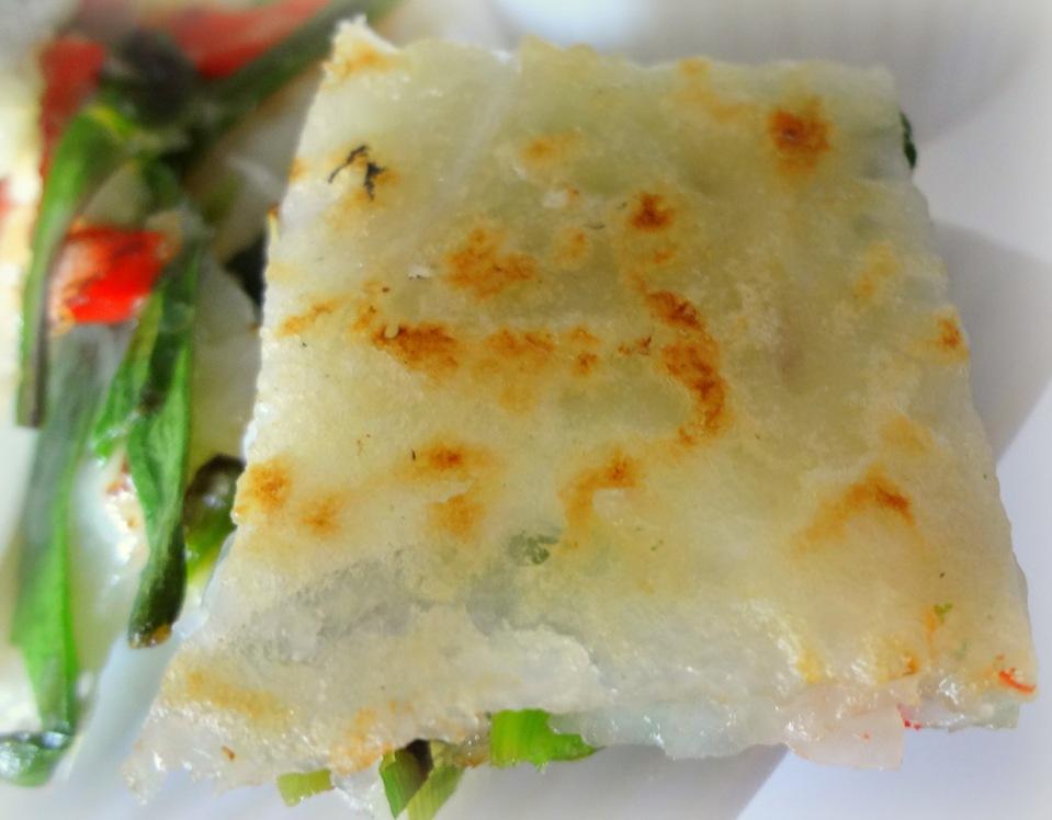 Simple chijimi (garlic chive pancakes) | GOURMANDE in OSAKA
